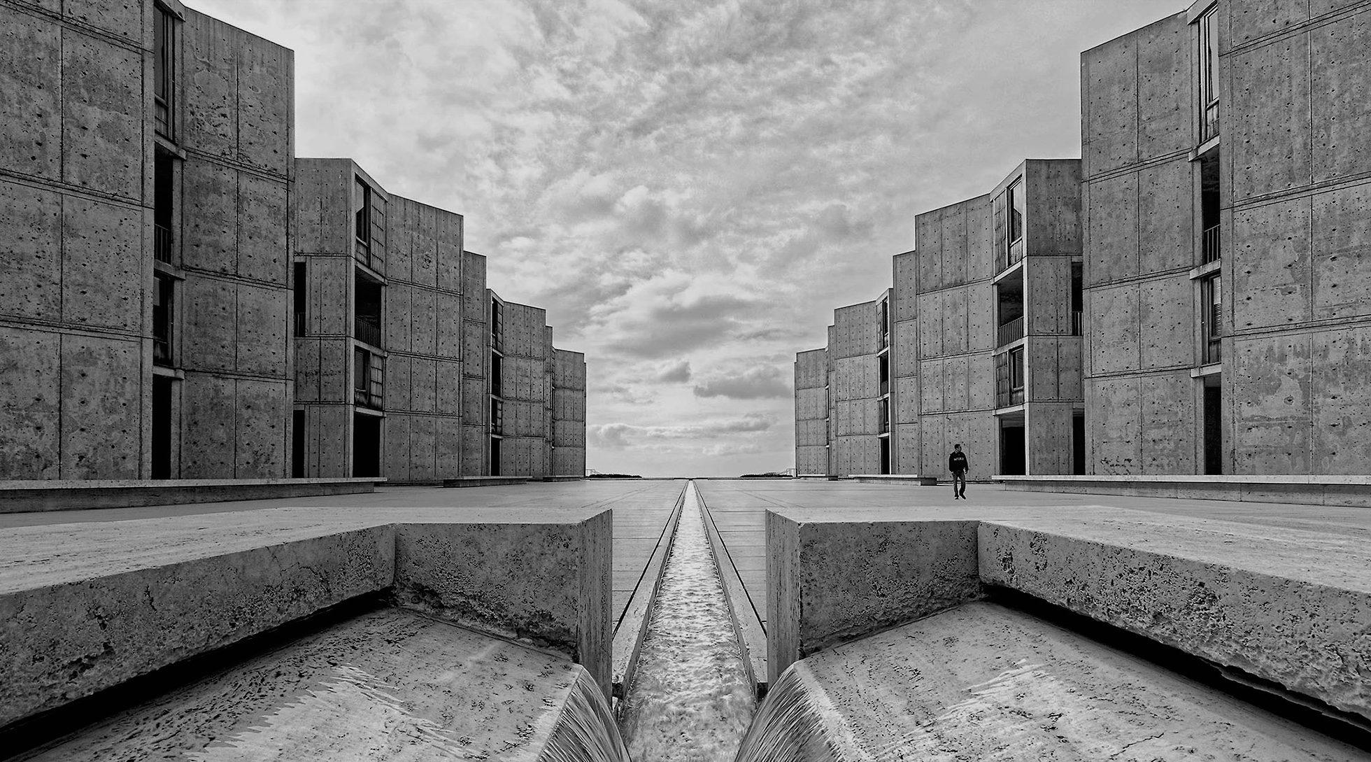 Architectural photography of the Salk Institute in La Jolla, CA Architect: Louis Kahn Photo © Paul Dingman 2009