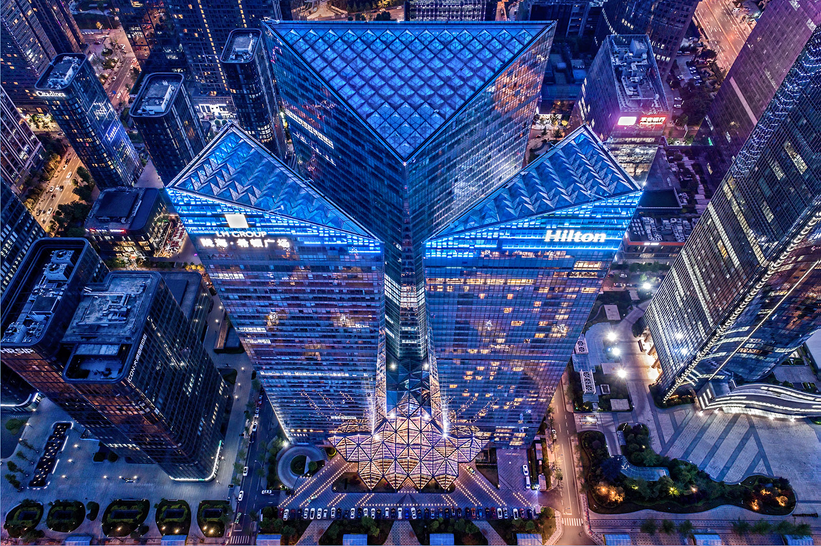 Aerial Drone photography of the Seaton Plaza in Chengdu, China by Paul Dingman