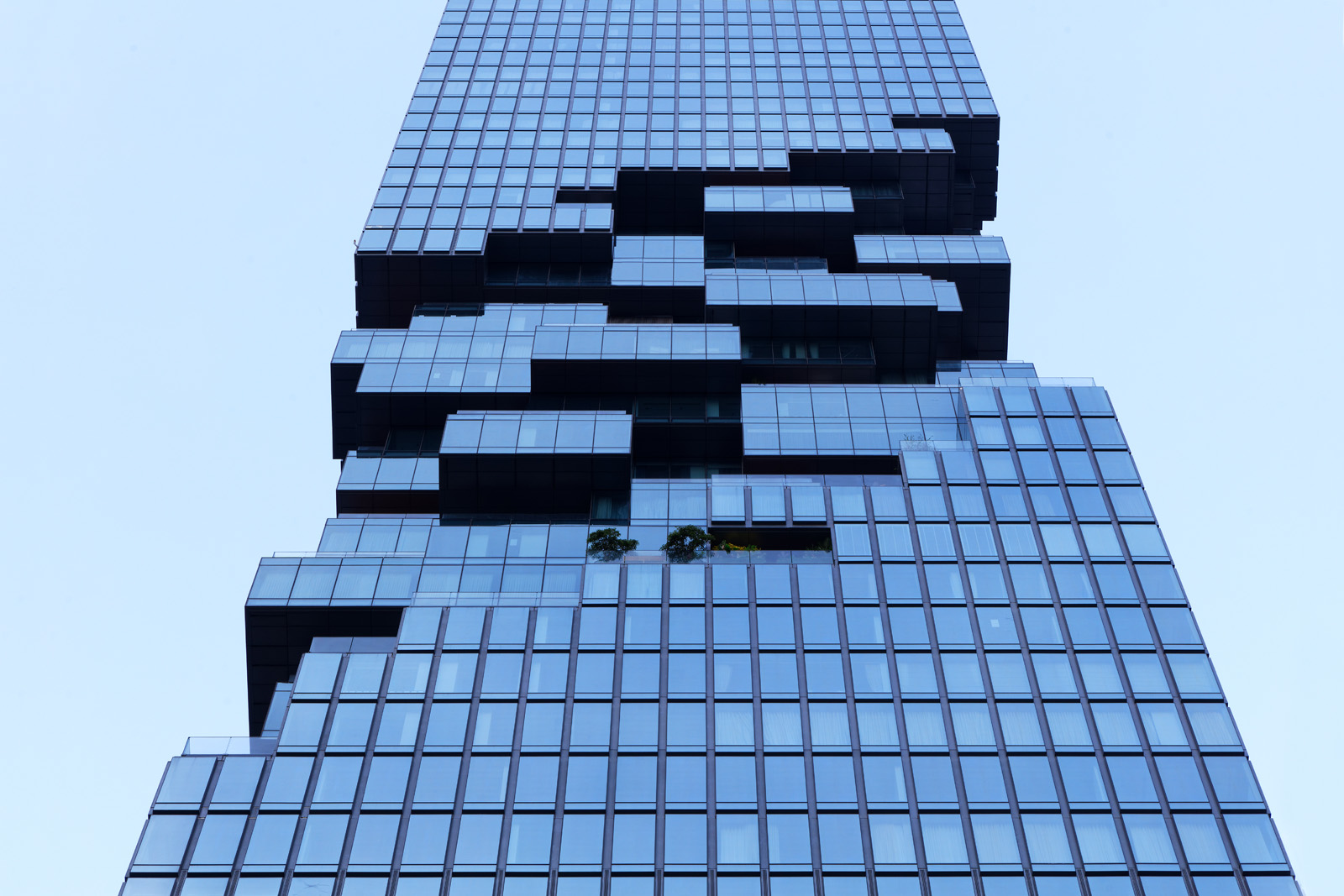 Architectural photography of the King Power Tower in Bangkok Thailand by Paul Dingman