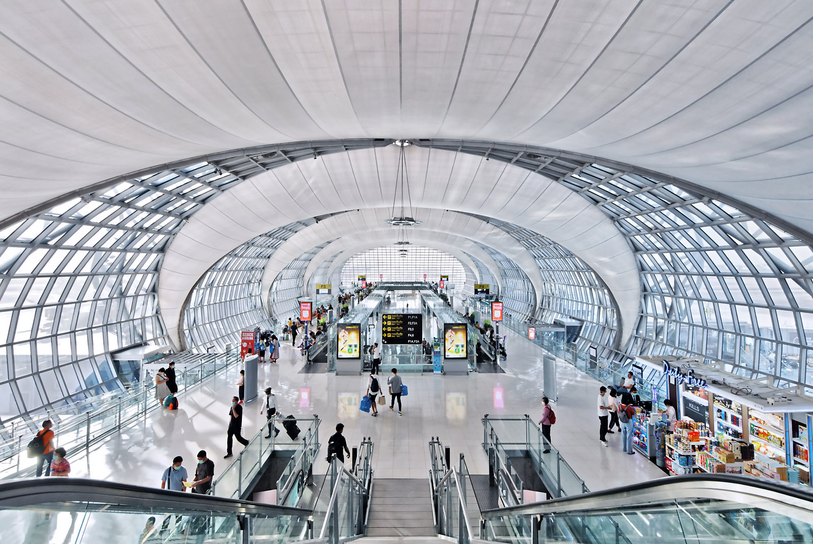 Paul Dingman photographs airports and transportation projects in Asia, China, and the Middle East