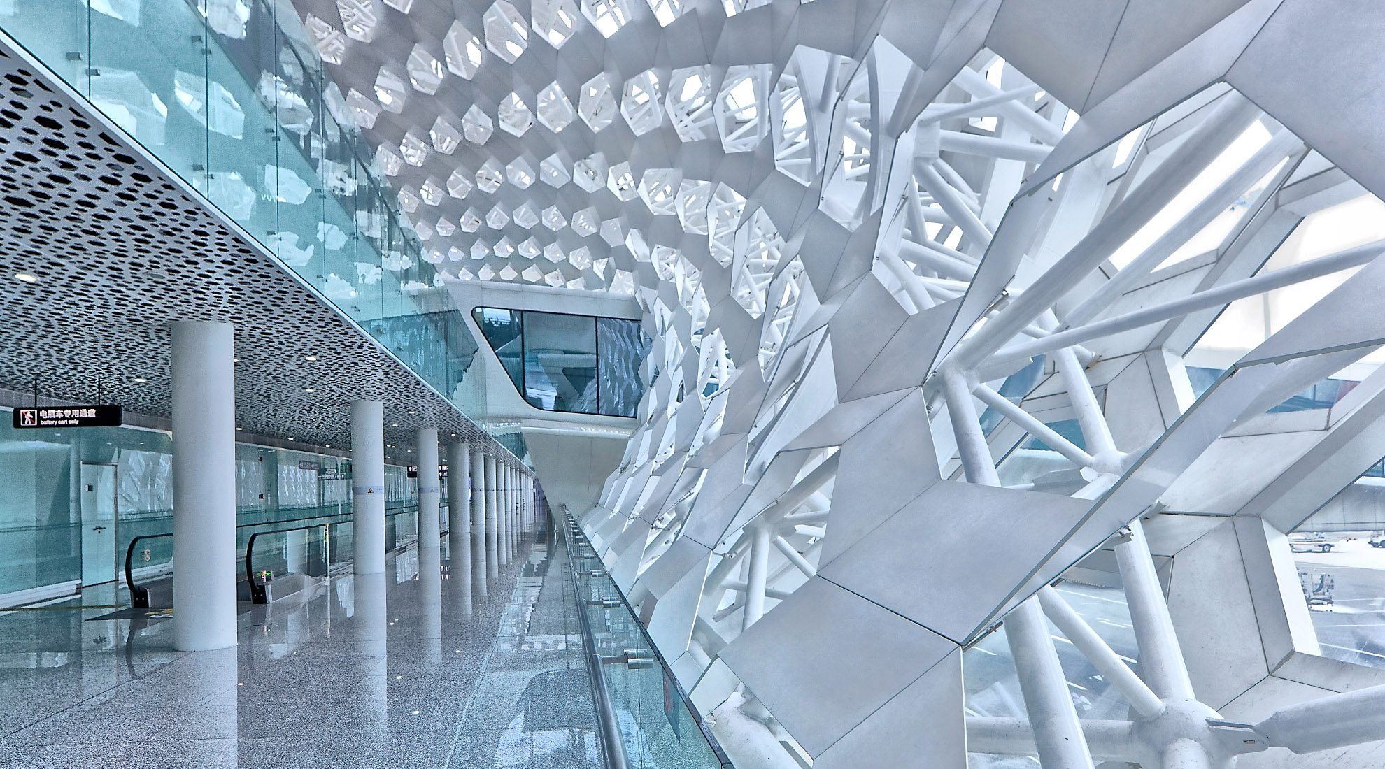 Paul Dingman has a proven track record photographing airports and transportation for architects.